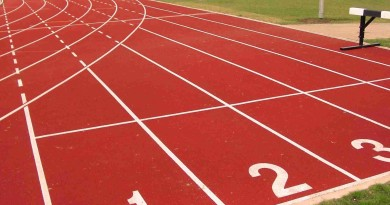 red_white_outdoors_circuit_running_stadium_jogging_track_athletics_2056x1489_wallpaper_Wallpaper_1920x1200_www.wallpaperswa.com